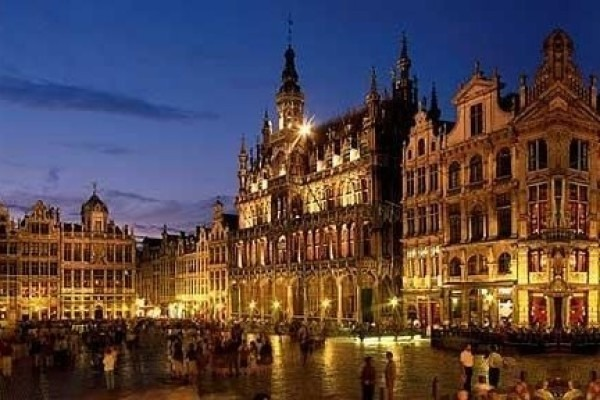 ヨーロッパ買い付けへ行ってきます。_f0180307_20403083.jpg