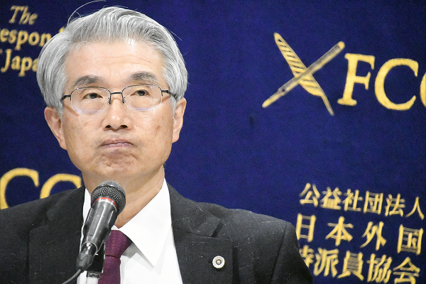 カルロス・ゴーン氏逮捕で見えてきた暴力的な日本の人質司法_d0174710_13101077.jpg