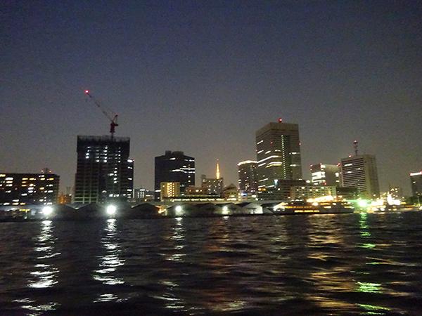 屋形船に乗って、夜桜隅田川クルーズ(前編)_f0097523_21530506.jpg