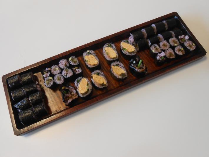 花見には花見寿司。すし飯はどうしても桜色にしたい。_a0095931_11433761.jpg