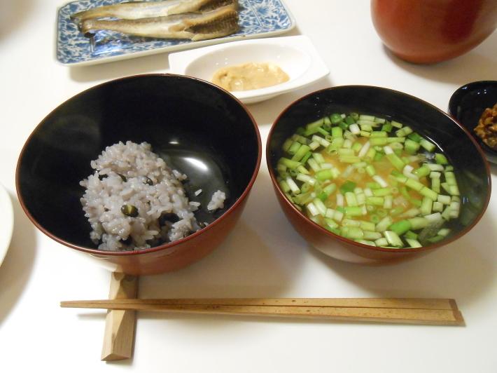 花見には花見寿司。すし飯はどうしても桜色にしたい。_a0095931_11443134.jpg