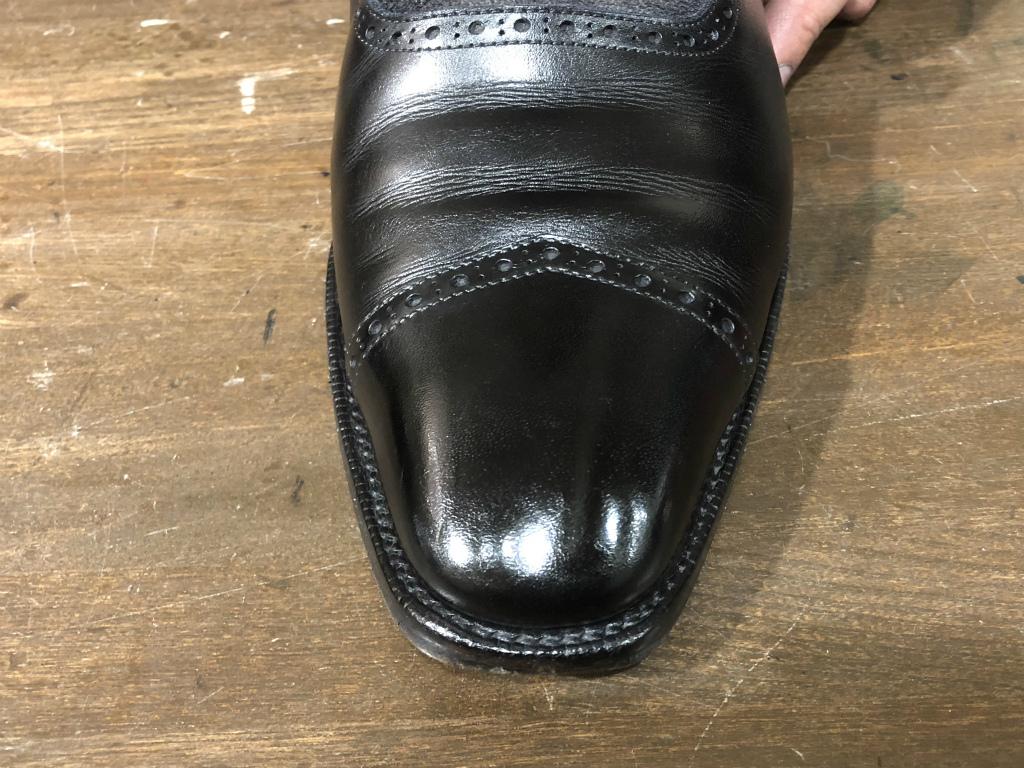 コラム-ハイシャインはもう古い?~靴の磨きの新定番ハンドポリッシュのお話』_b0365069_19091235.jpg
