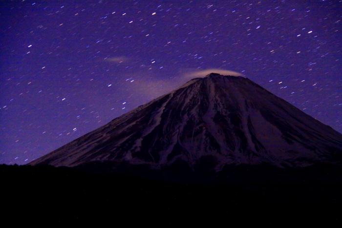 31年4月の富士(1)西湖の夜空と富士_e0344396_17041662.jpg