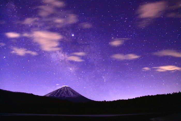 31年4月の富士(1)西湖の夜空と富士_e0344396_17042381.jpg