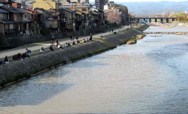 祇園新橋から高瀬川へ_e0048413_20425198.jpg