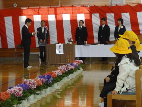 小・中学校で入学式!_b0092858_19542490.jpg