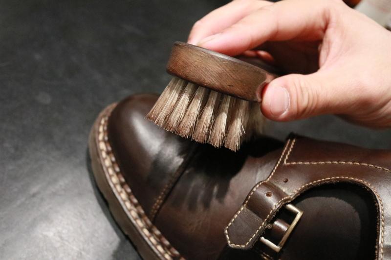 靴を労わる_f0374162_18314666.jpg