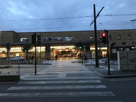 雨の日は猫見学_a0136671_03312080.jpg
