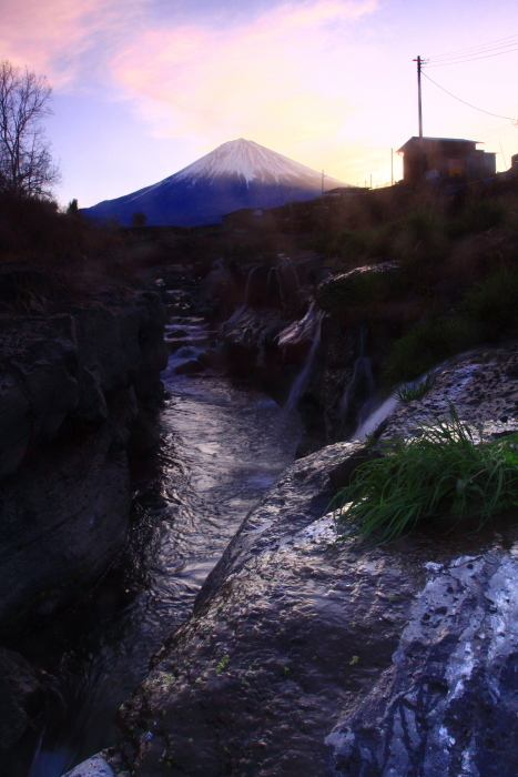 31年4月の富士(4)精進川の小滝と富士_e0344396_18384349.jpg