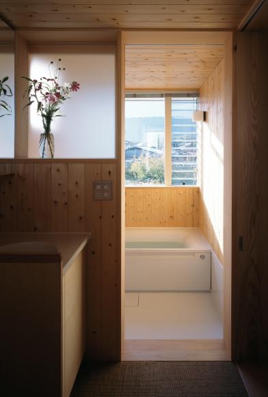 お風呂いろいろ。ユニット・ハーフ・在来工法_e0325797_17235697.jpg