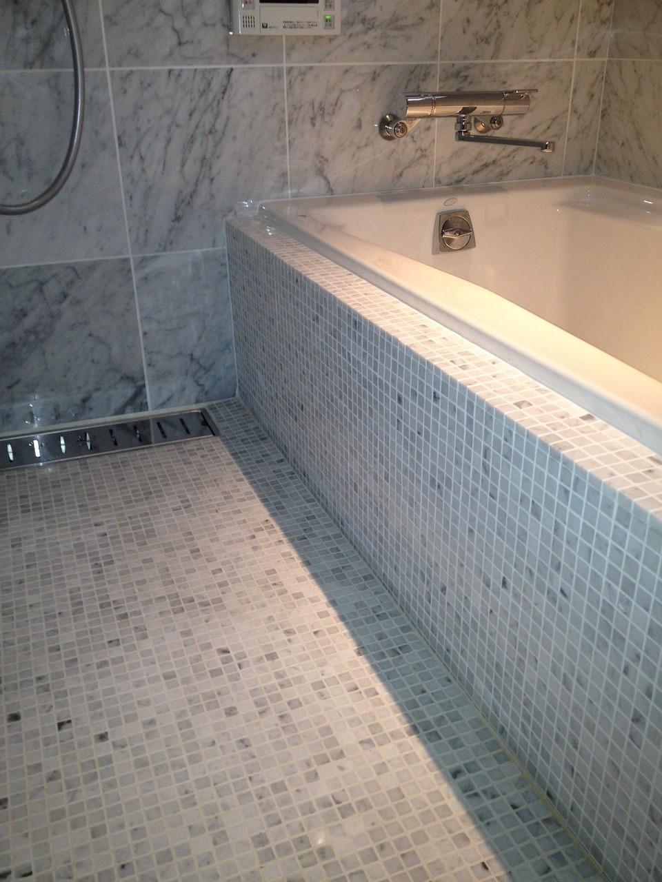 お風呂いろいろ。ユニット・ハーフ・在来工法_e0325797_17471198.jpg