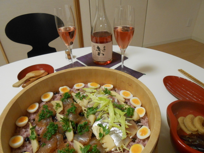 花見に持って行くはずだったお弁当。花見寿司。_a0095931_09265312.jpg