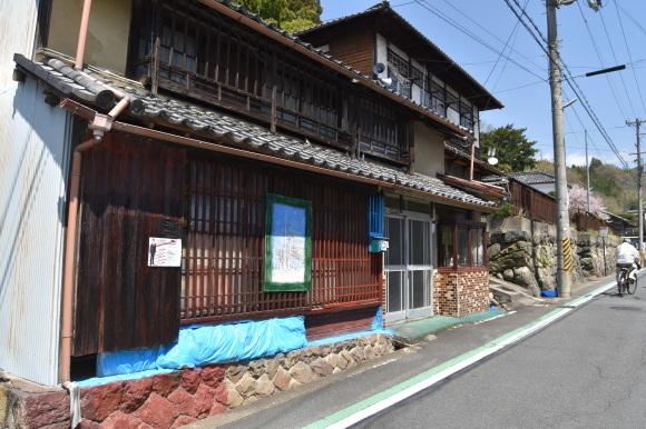 奈良 上市の花街_f0347663_11481210.jpg