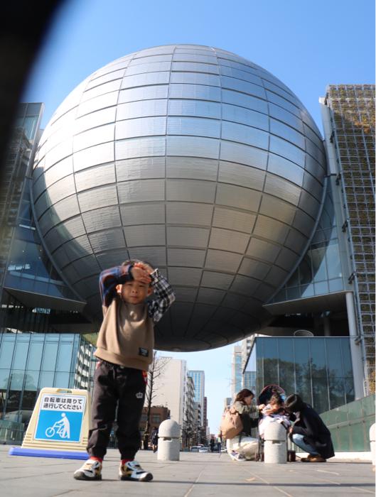 みんなで名古屋市科学館へお出かけ&お誕生日会もみんなでね_b0175688_20385241.jpg