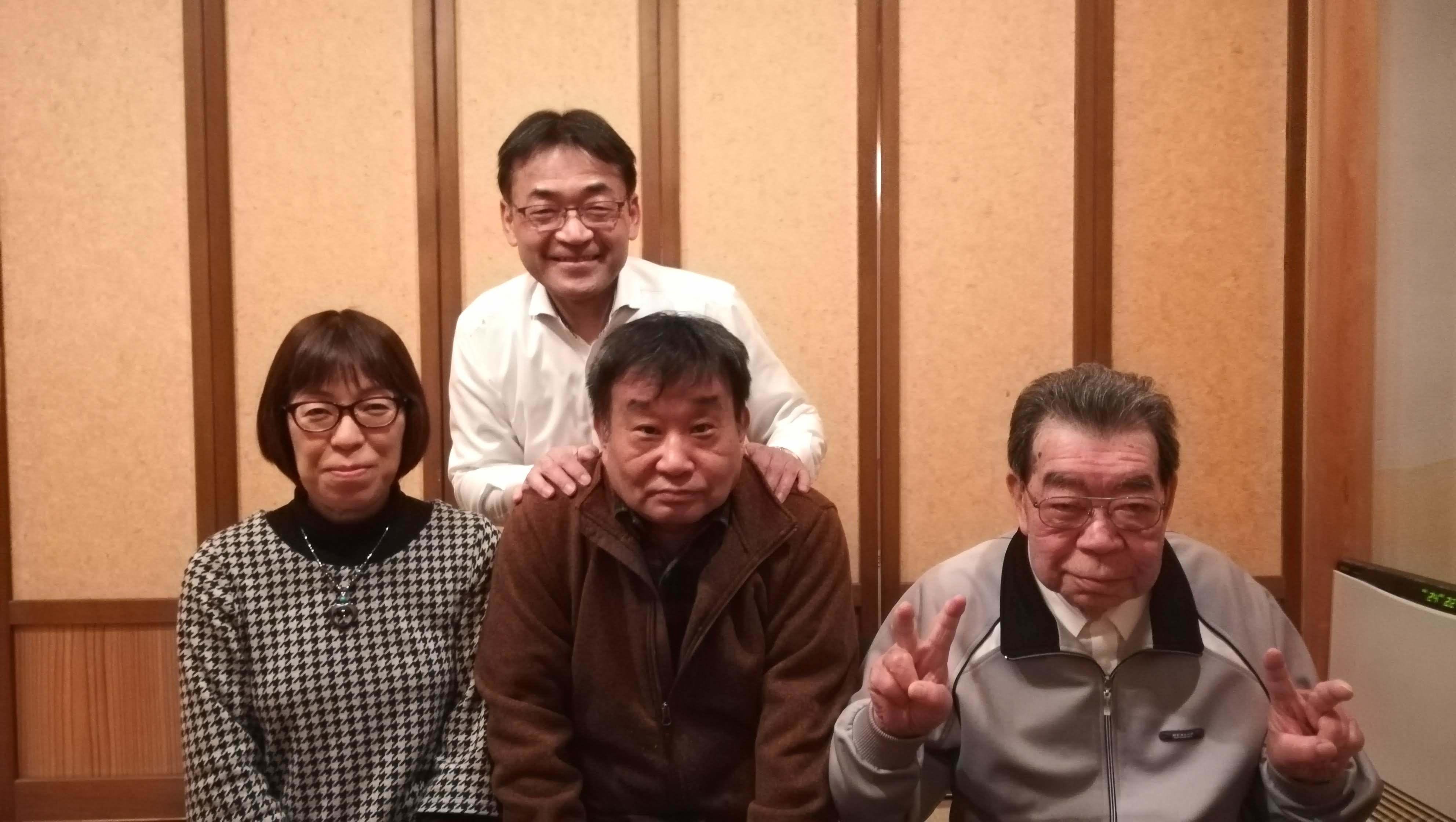 定年のお祝い&羽田さとみさんセレモニー_c0193896_14063355.jpg