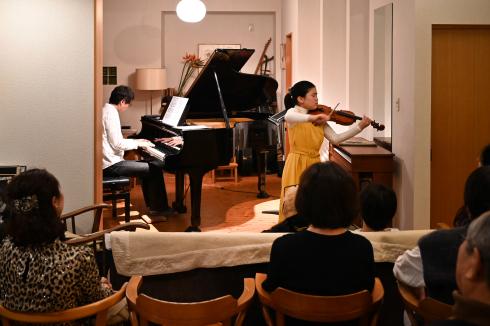サロンコンサート  高橋 全_f0099102_18435222.jpg