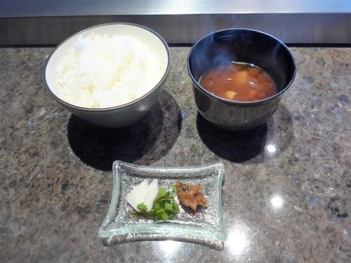 神戸・旧居留地「ミディアムレア」へ行く。_f0232060_18374591.jpg