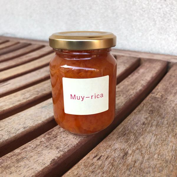 今月のMuy-ricaさんのジャムは「夏蜜柑&苺」_e0145685_21290535.jpg