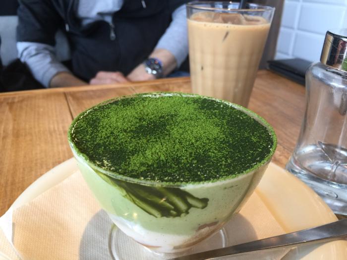 今日はカフェに夕飯にと、外食三昧の1日、岡崎もまた楽し〜_b0175688_21334873.jpg