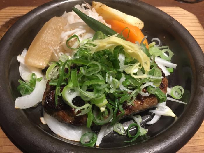 今日はカフェに夕飯にと、外食三昧の1日、岡崎もまた楽し〜_b0175688_21542782.jpg