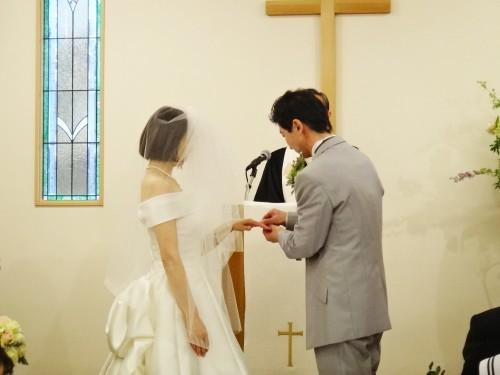 お幸せに~!! とっても素敵な結婚式がありました!!_d0120628_22092379.jpg