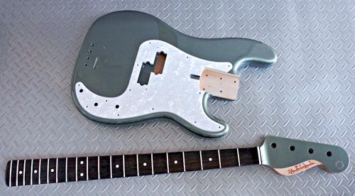 Guitar × 4種とBass × 2種の塗装が完了しました!_e0053731_17231186.jpg