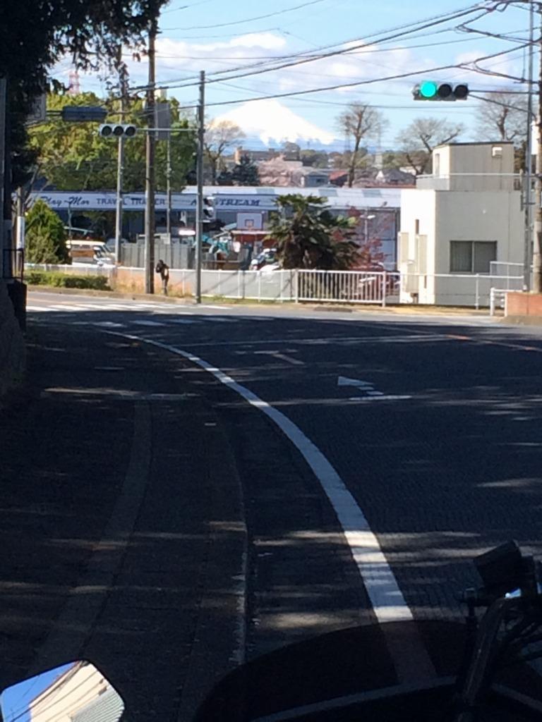 バイクの点検合間に一人カラオケ、その後一人花見!?_d0061678_17312016.jpg
