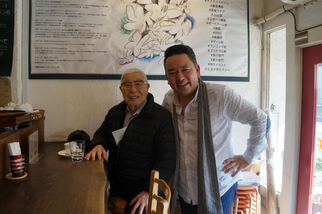 上野の櫻、さんさき坂カフェ、そして外堀土手から靖国神社_c0180686_11412104.jpg