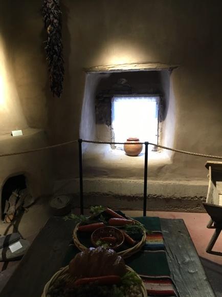 サンタフェへの旅ーアメリカで一番古い教会とお家_e0350971_06440985.jpeg