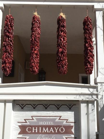 サンタフェへの旅ー建築物と唐辛子🌶_e0350971_22165440.jpeg