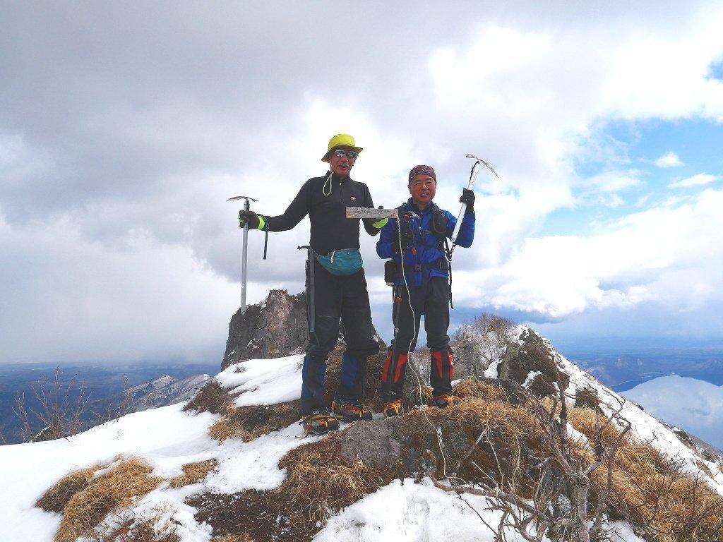 恵庭岳西峰、2019.4.11_f0138096_22420287.jpg