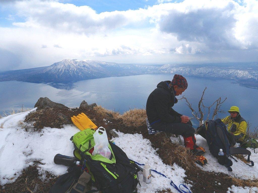 恵庭岳西峰、2019.4.11_f0138096_22420840.jpg