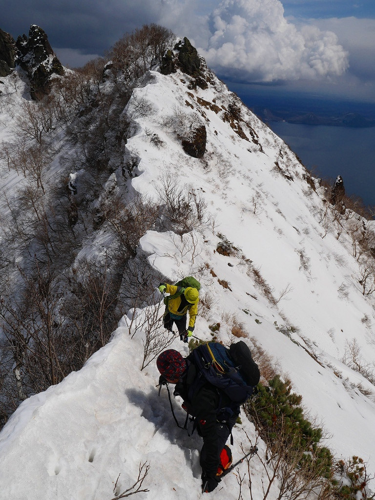 恵庭岳西峰、2019.4.11_f0138096_22421423.jpg