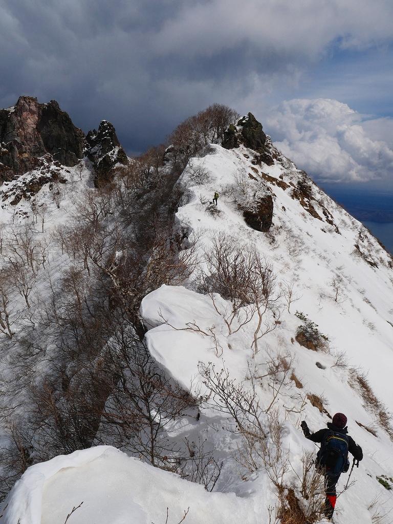 恵庭岳西峰、2019.4.11_f0138096_22424014.jpg