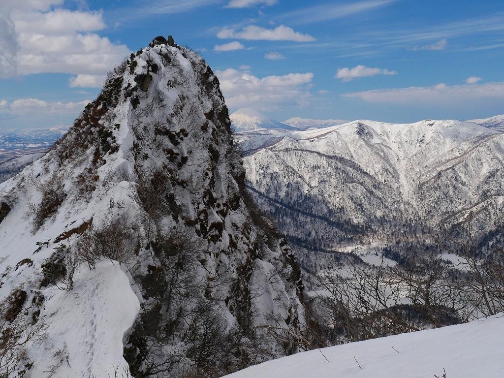恵庭岳西峰、2019.4.11_f0138096_22424402.jpg