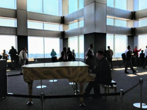 Omoide Piano - 都庁おもいでピアノ_a0057402_14581041.jpg