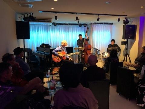 Jazzlive comin 広島 明日月曜日のライブ!_b0115606_11450450.jpeg