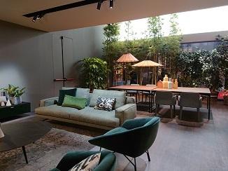家具と照明のコラボ!_d0091909_14364655.jpg