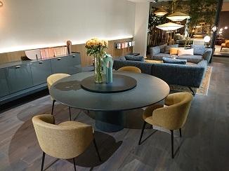 家具と照明のコラボ!_d0091909_14364662.jpg