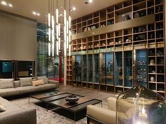 家具と照明のコラボ!_d0091909_14364667.jpg