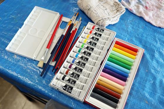 やと子ども美術教室 ~ 植木鉢に描く ~_e0222340_14111062.jpg