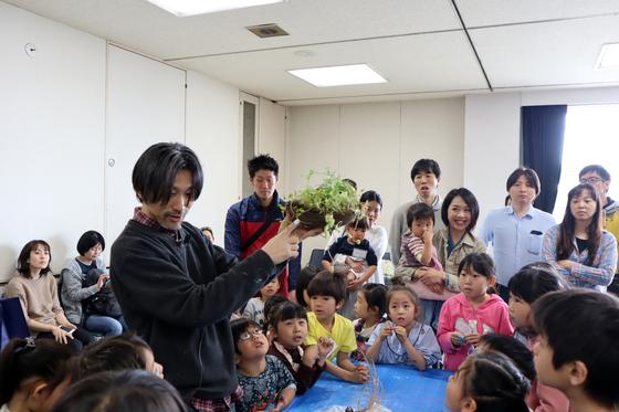 やと子ども美術教室 ~ 植木鉢に描く ~_e0222340_14324894.jpg