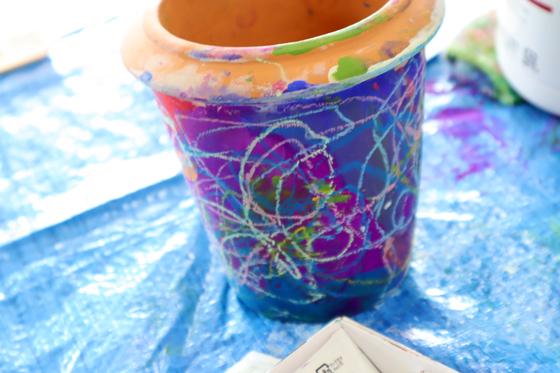 やと子ども美術教室 ~ 植木鉢に描く ~_e0222340_14353592.jpg
