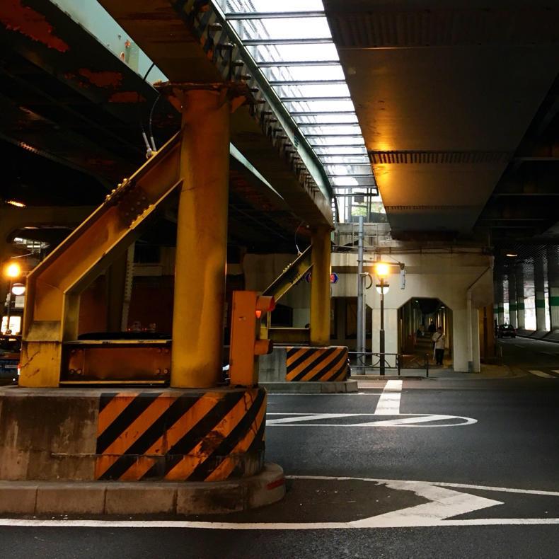 山手線散歩、東京駅から新橋駅へ_c0060143_18464425.jpg