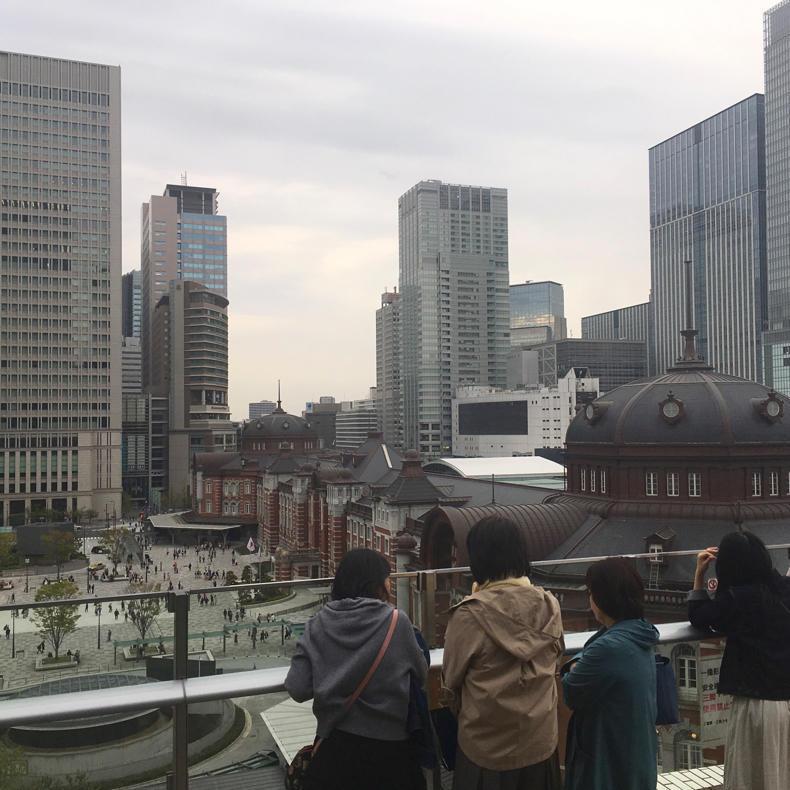 山手線散歩、東京駅から新橋駅へ_c0060143_18464837.jpg
