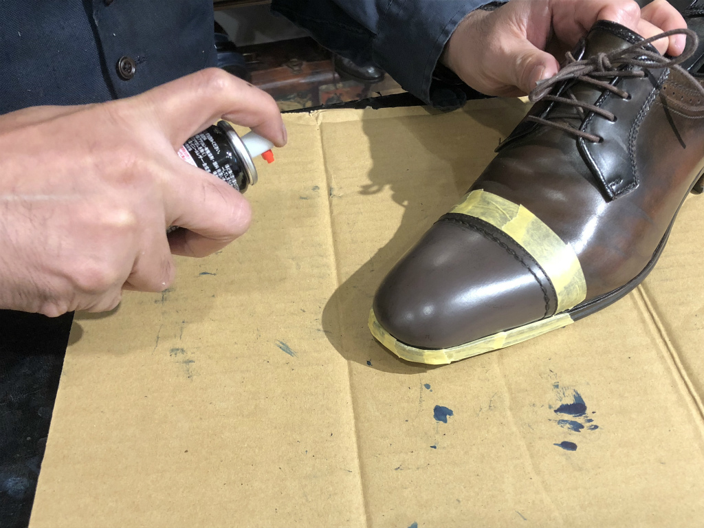 ブログ『ガラス加工の靴の補修~さすがだ!!』_b0365069_17585379.jpg