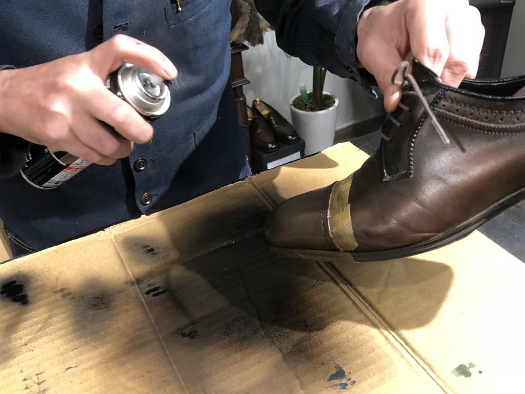 ブログ『ガラス加工の靴の補修~さすがだ!!』_b0365069_17595781.jpg