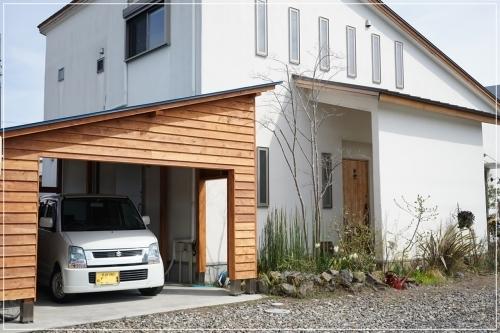 **木製オリジナルガレージ**_c0207890_13571417.jpg
