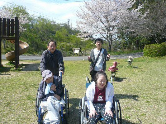 4/12 天啓公園_a0154110_08493593.jpg