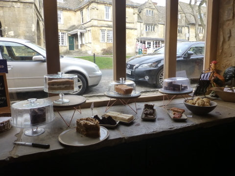 イギリス旅行記4日目【Chipping Campden-Bantam Tea Rooms】_e0237625_12241498.jpg